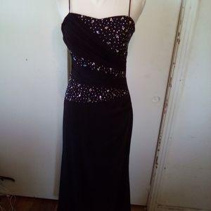 Dollar black prom dress size 6